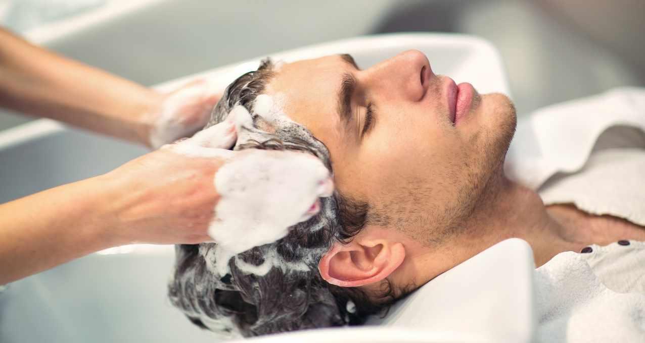 Le lavage après la greffe de cheveux 13