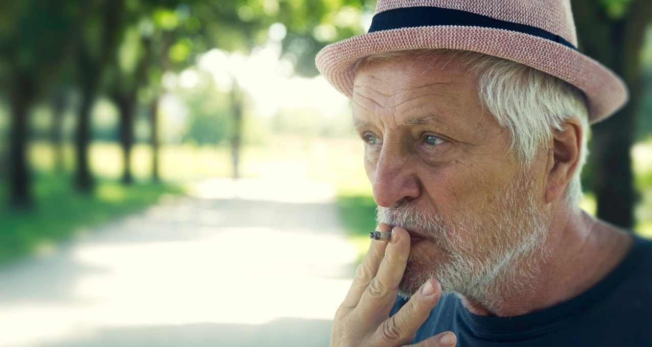 Le tabac et la greffe de cheveux : quels sont les risques ? 2