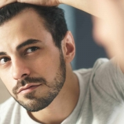 Saç Dökülmesi Nedir, Nedenleri Nelerdir ? 1